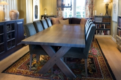 Cross-table-with-Trendy-chairs-I