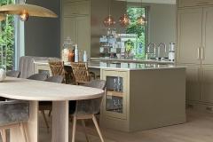 anine-spisebord-kjokken1-villavonkrogh-lampe-gervasoni-brass-96-brubakken-home-web
