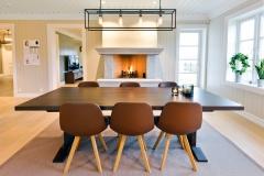 Ektvedt bord med stoler2094_ok