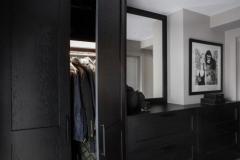 garderobe-skap-sort-entre-foto-annette-nordstrom-brubakken-home-670x1000-px-web