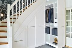Garderobe under trapp8250_ok