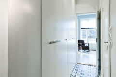 Wardrobe in hall with straight profiles