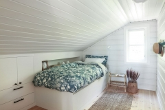 1_soverom-kneloft-design-janneche-willersrud-hytte-sandefjord13-brubakken-home-web