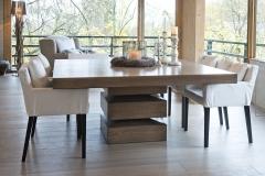 Millea-kvadratisk-bord-med-stoler7631