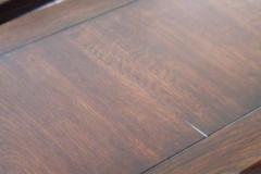 Brede planker brunbeiset komprimert kopi