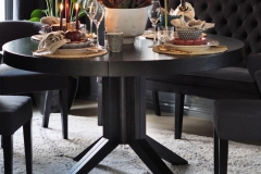 sagen-rundt-spisebord-dekketbord-brubakken-home-1250px-web