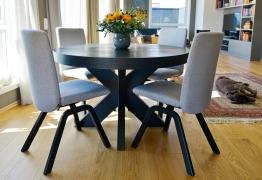 rundt-cross-spisebord-stoler-brubakken-home