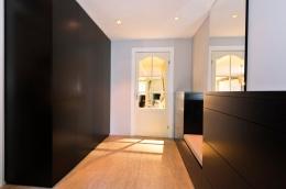 detaljer-garderobe-hall-entre-gang-treverk-brubakken-home-web-250c950px