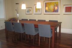 Square-mahogany-bord